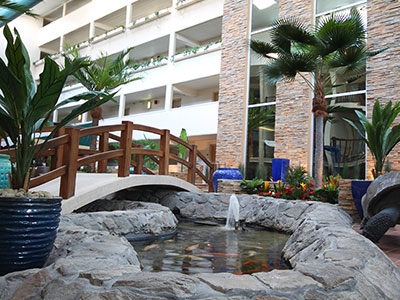 Quality Inn Oceanfront Atrium
