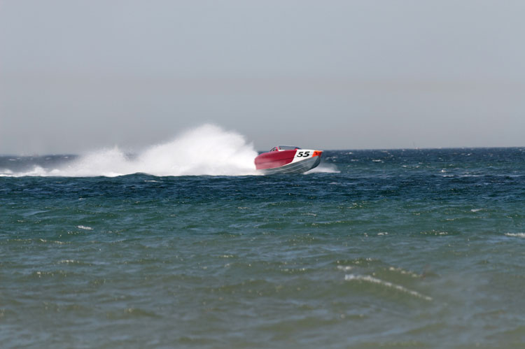 Powerboat race in the ocean.