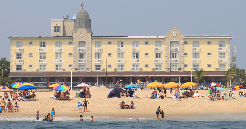 Plim Plaza Hotel 2nd St Oceanfront Caribbean Flair On The Boardwalk In Heart Of Old Town Ocean City
