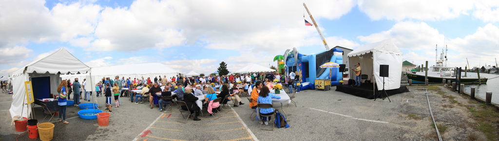 Large crowd at Harbor Day Festival