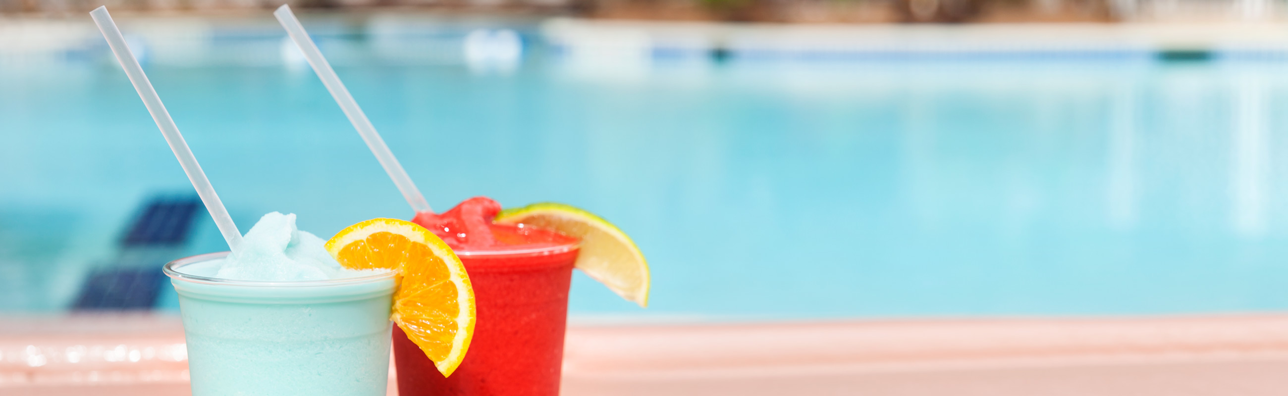 refreshing drinks at ocean city maryland's original pool bar