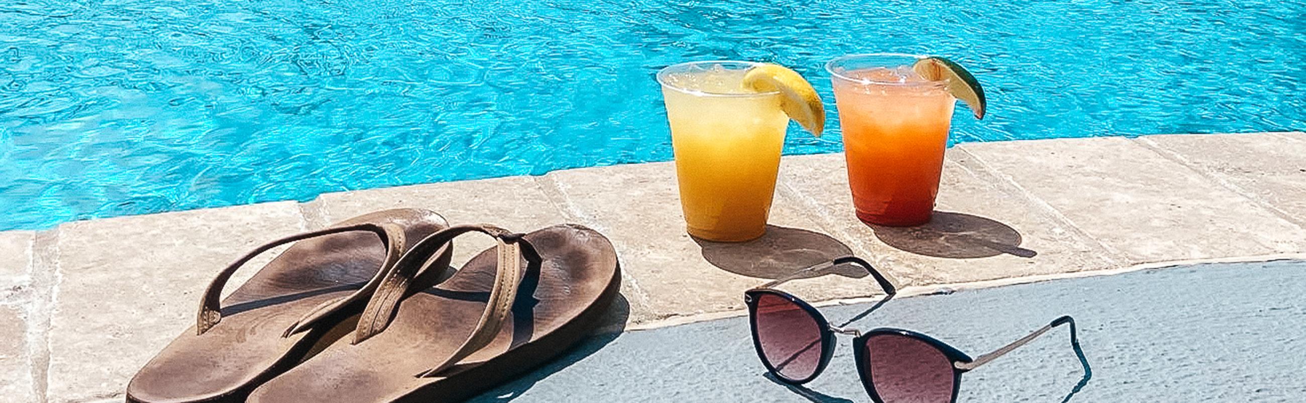refreshing drinks at ocean city maryland's original pool bar