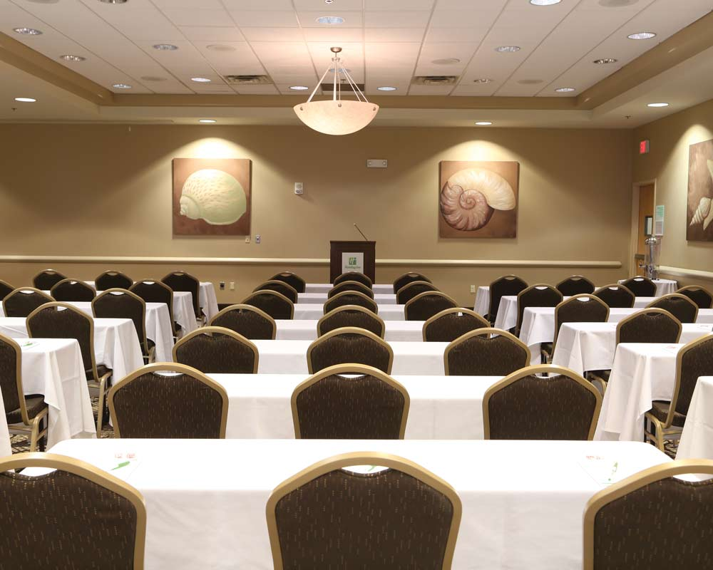 ample space for meeting and keynotes